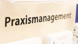 Ihr Praximanagement Team im Zentrum für Zahnmedizin Neusser Str. in Köln.