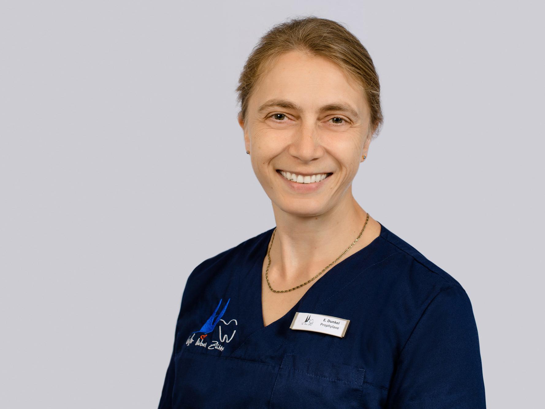 Ellen Dunkel, Individualprophylaxe & parodontale Vorbehandlung!